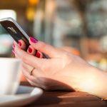Smartfon powystawowy lub odnowiony - czy opłaca się kupować?